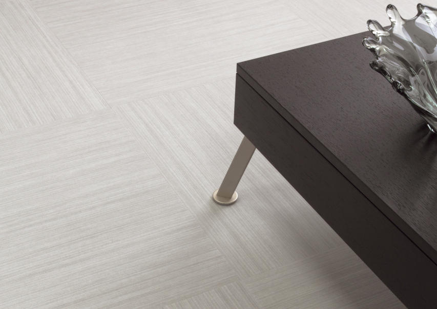 Виниловая плитка Amtico Spacia Abstract 3802 Softline Pebble