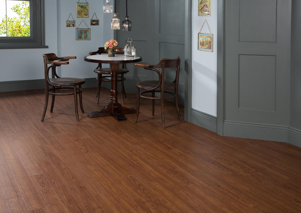 Виниловая плитка Amtico Spacia Wood 2510 Classic Cherry