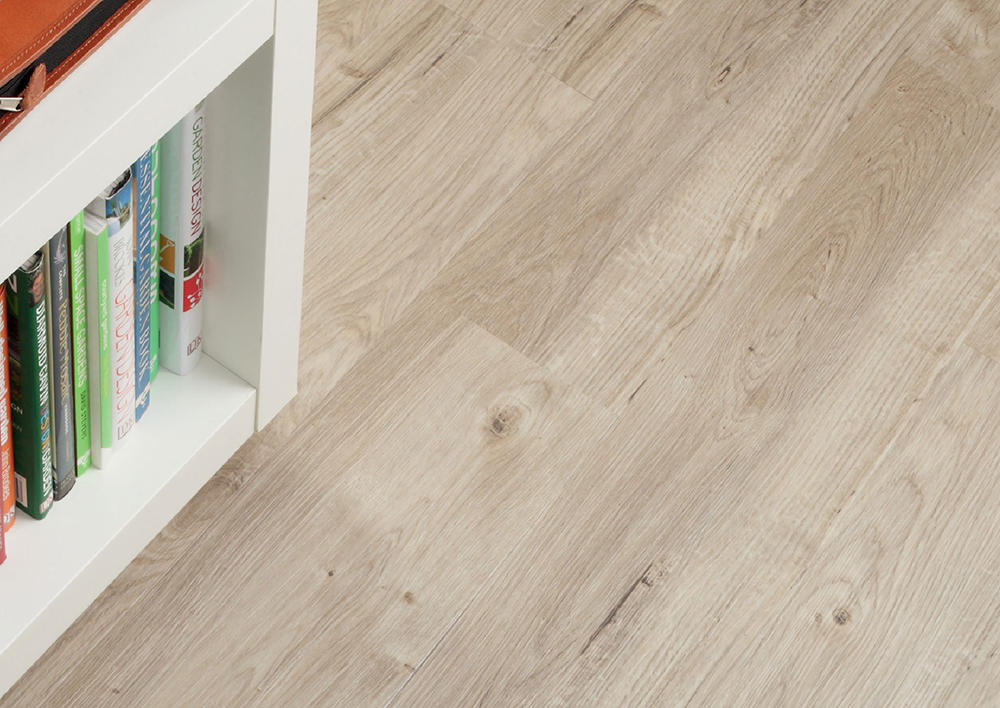 Виниловая плитка Amtico Spacia Wood 2531 Sun Bleached Oak
